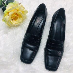 Karen Scott Black loafer